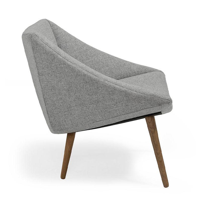 elegant fauteuil gris pieds bois bloomingville. Black Bedroom Furniture Sets. Home Design Ideas