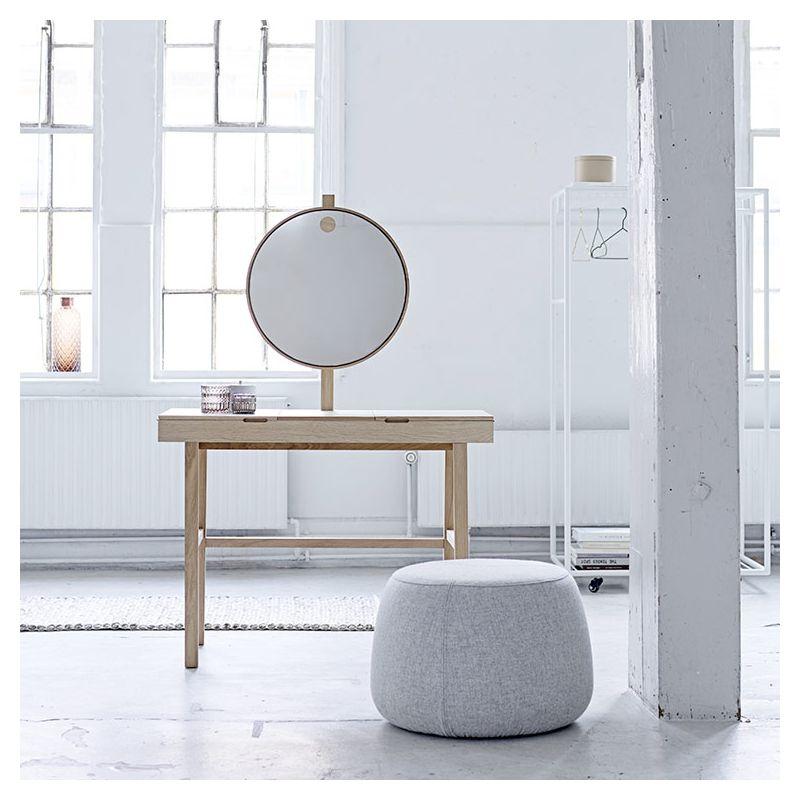 phine coiffeuse avec miroir lumineux bloomingville. Black Bedroom Furniture Sets. Home Design Ideas