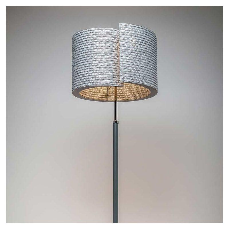 Build luce lampe de sol carton co design staygreen for Lampe de sol but