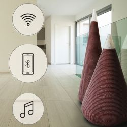 Vases audio XXL éco-design JARRES MUSIC Staygreen, hauteurs 121 cm et 151 cm, coloris bronze, verre Murano blanc
