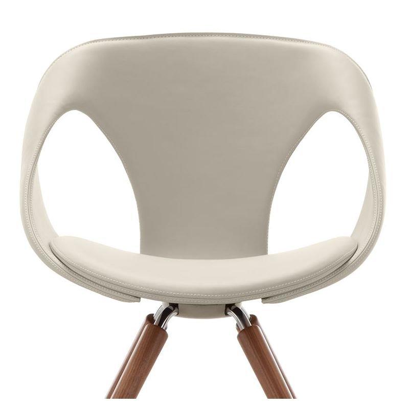 Up Chair 31 chaise design cuir & bois rembourrée Tonon