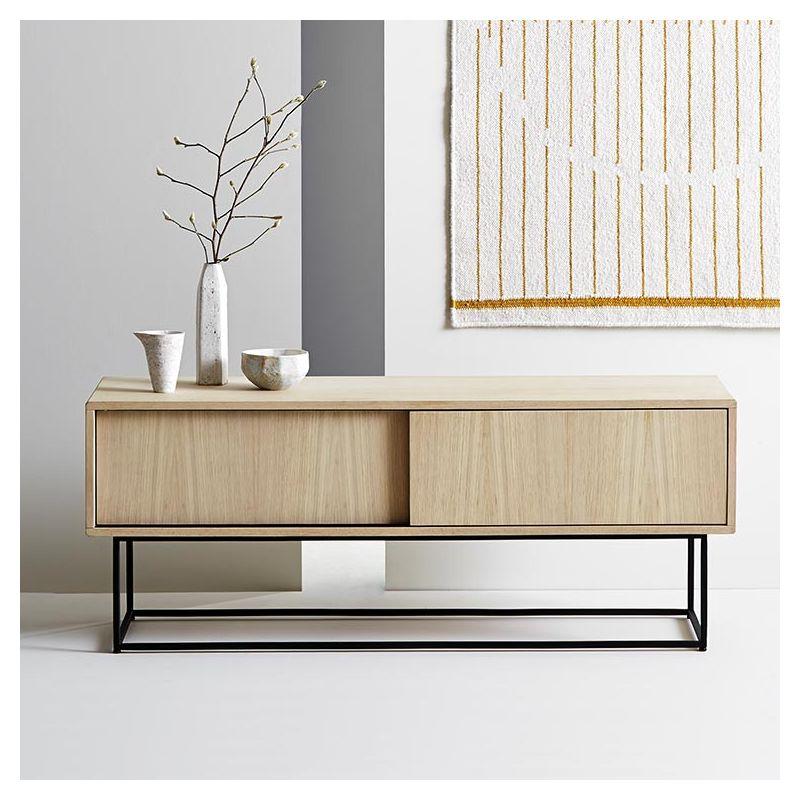 Virka rangement bas woud meuble tv porte coulissante for Meuble bas tv design