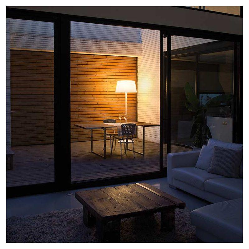 plis lampe de sol outdoor lampadaire ext rieur vibia. Black Bedroom Furniture Sets. Home Design Ideas