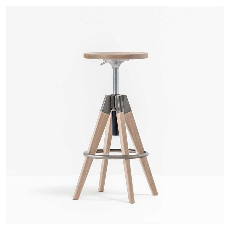 Tabouret de bar réglable arki stool pedrali chêne blanchi et métal epoxy