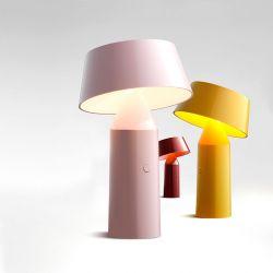 Lampe LED sans fil rose pâle BICOCA Marset