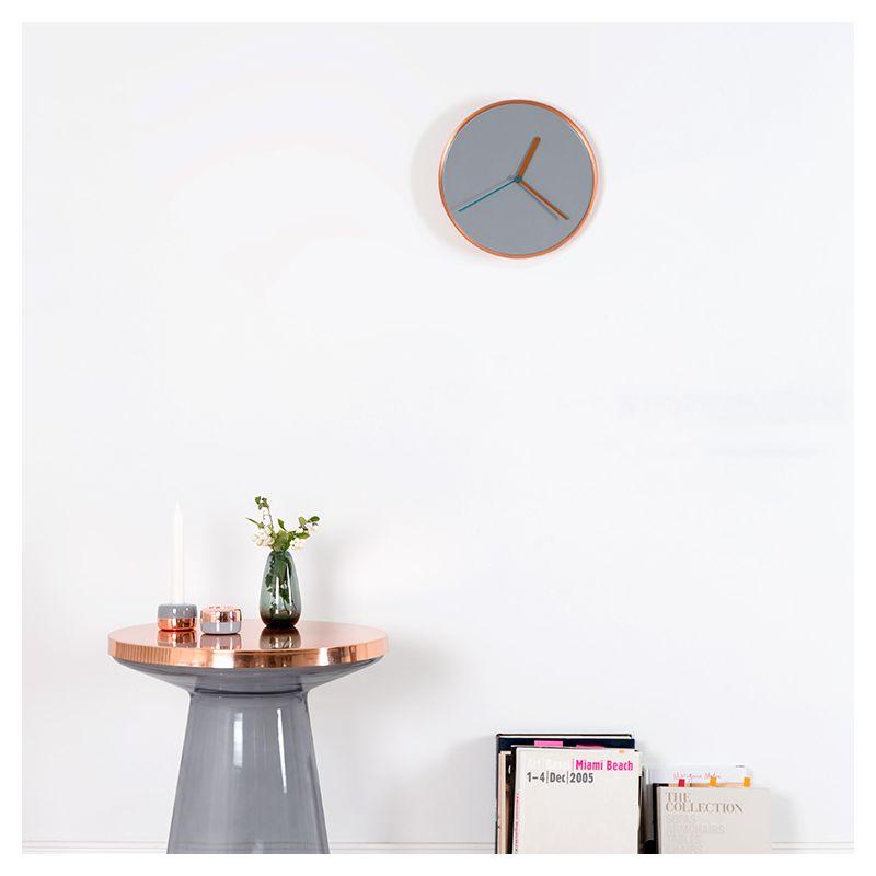 thin horloge murale design teo en acier laqu. Black Bedroom Furniture Sets. Home Design Ideas