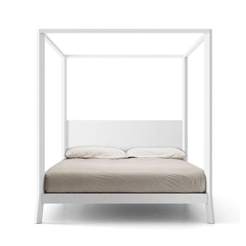 breda lit baldaquin 180x200 punt design en bois massif. Black Bedroom Furniture Sets. Home Design Ideas