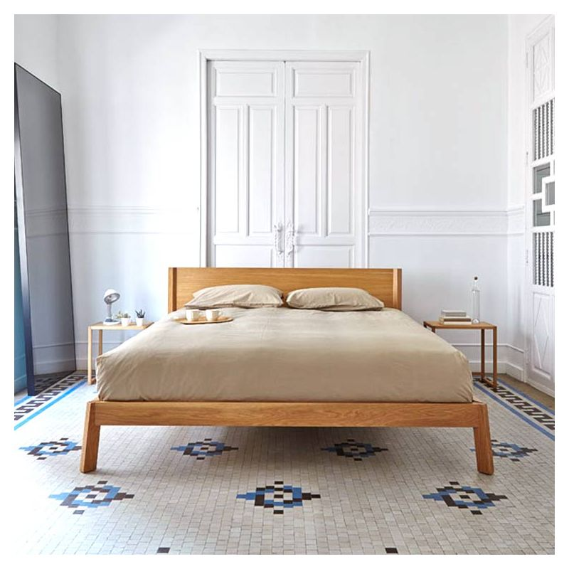 breda lit 160x200 bois massif punt design borja garc a. Black Bedroom Furniture Sets. Home Design Ideas