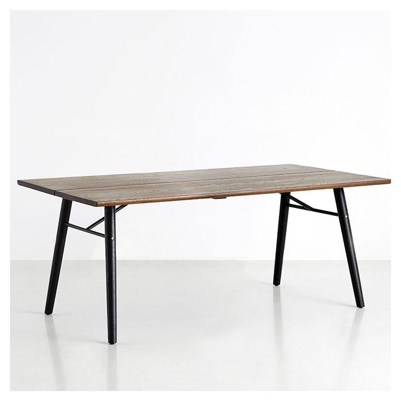 Table design rectangulaire 205 cm ALLEY Woud, plateau chêne fumé huilé, pieds chêne laqué noir