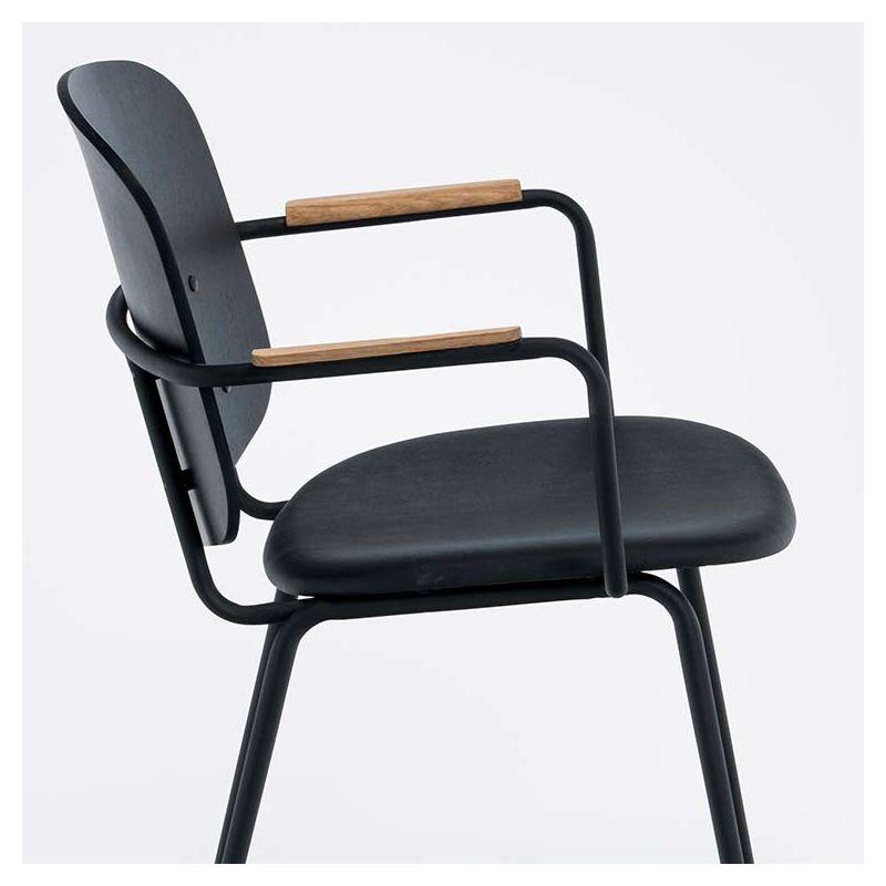 grapp fauteuil cuir et bois houe design nordique. Black Bedroom Furniture Sets. Home Design Ideas