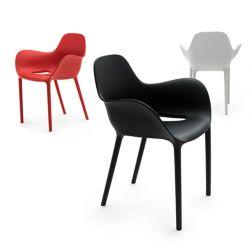 Chaises d'extérieur à accoudoirs SABINAS Vondom, rouge, noire et blanche