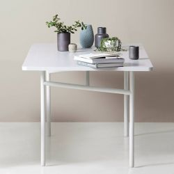Table coloris gris clair DIAGONAL Woud