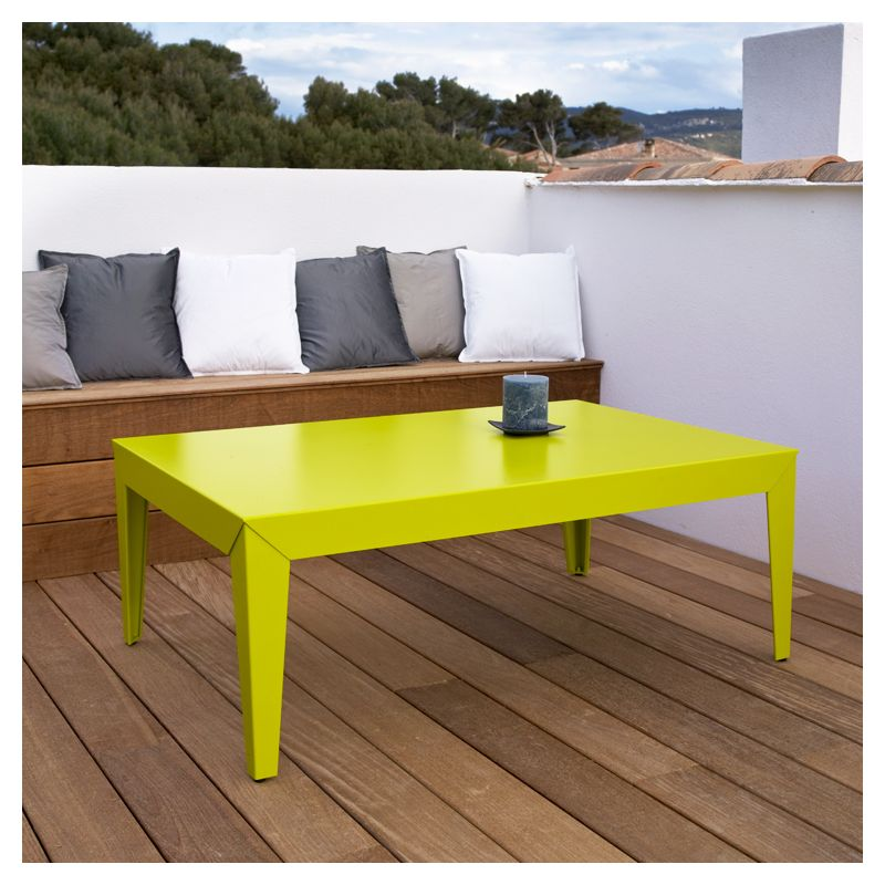Table basse design en m tal zef mati re grise for Table exterieur grise