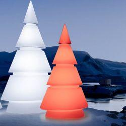 Sapin design lumineux FOREST hauteur 1,5 m Vondom, modèle LED RVB