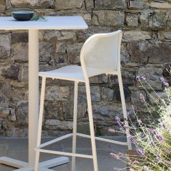Chaise et table de bar DARWIN Emu blanches
