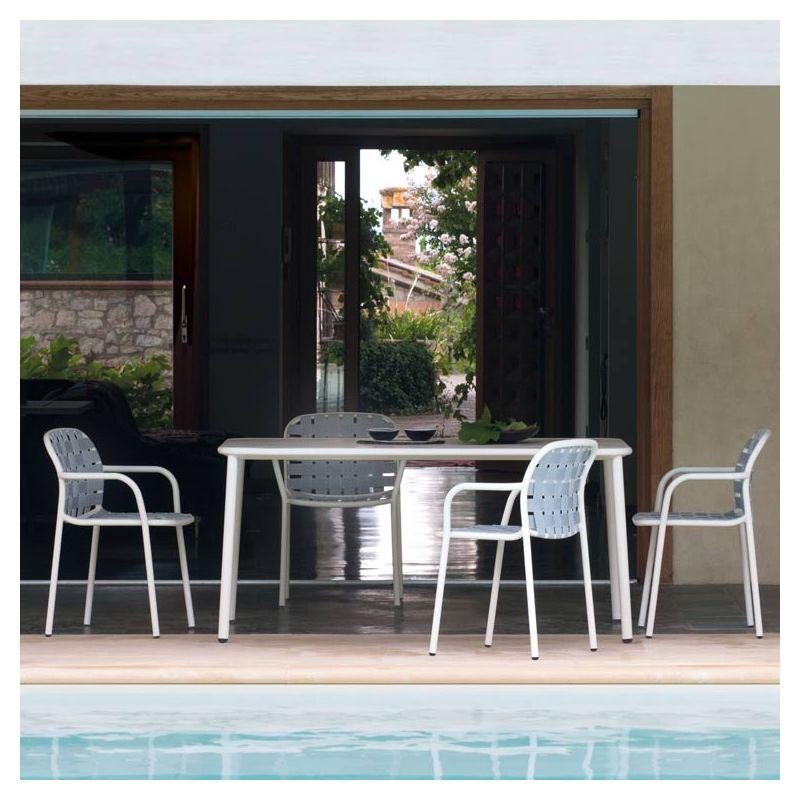 Yard fauteuil de jardin empilable emu design s diez for Emu salon jardin