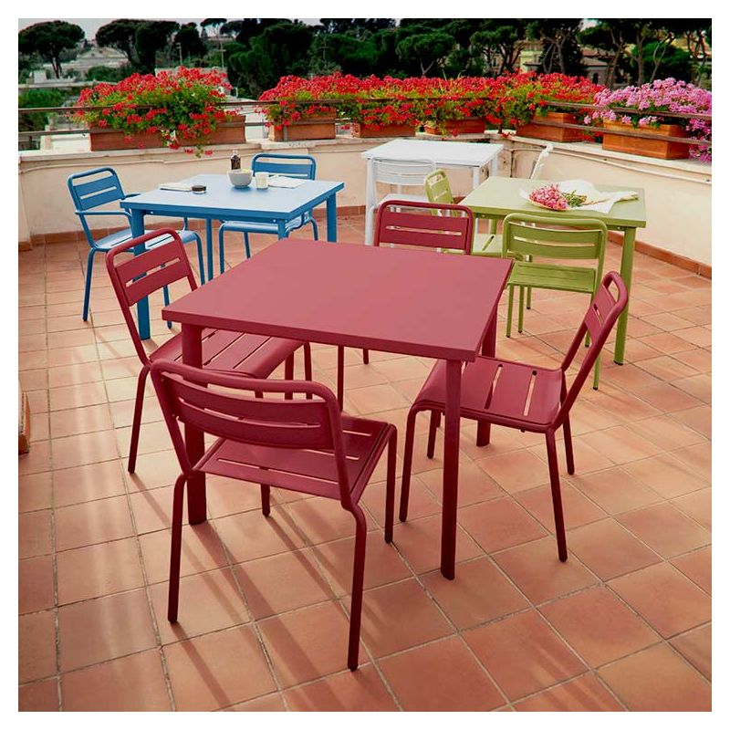 star chaise de jardin emu empilable acier 11 couleurs. Black Bedroom Furniture Sets. Home Design Ideas