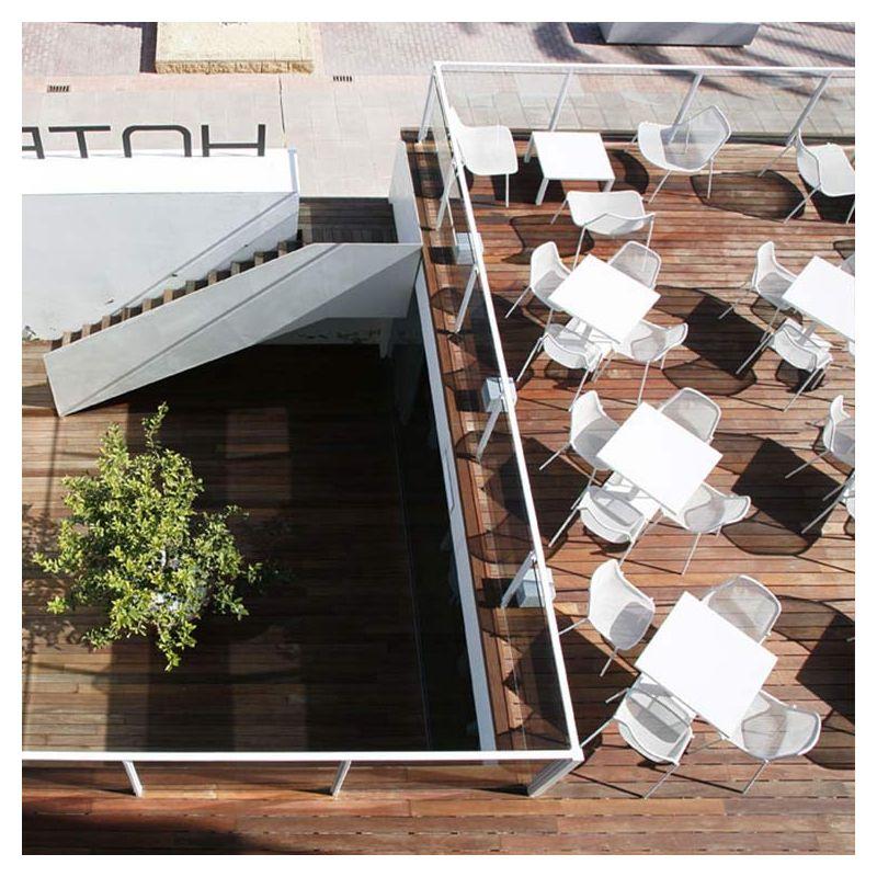 Round table basse carr e emu table salon de jardin for Emu salon jardin