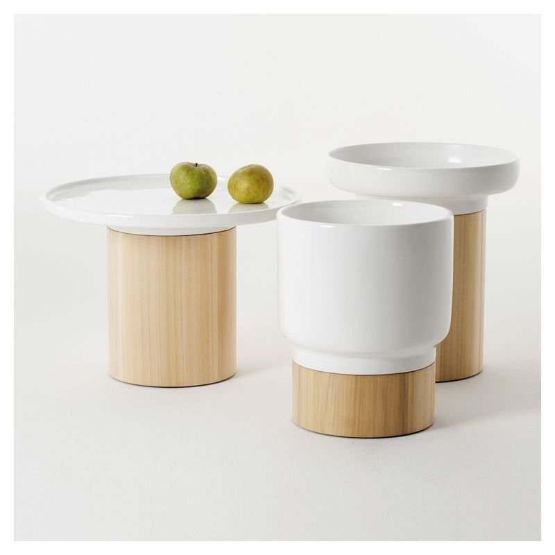Apu table d 39 appoint design en bois zeitraum for Petite table d appoint exterieur