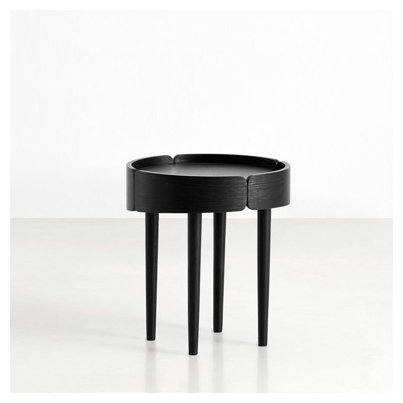 Table d'appoint chêne teinté noir SKIRT Woud
