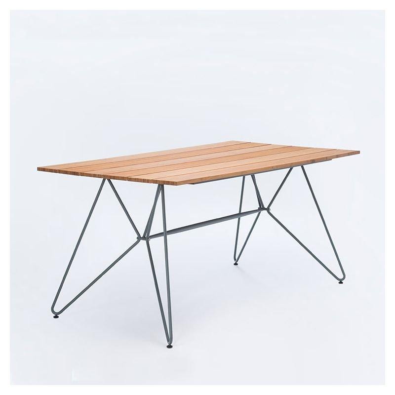 sketch table jardin design en bambou houe. Black Bedroom Furniture Sets. Home Design Ideas