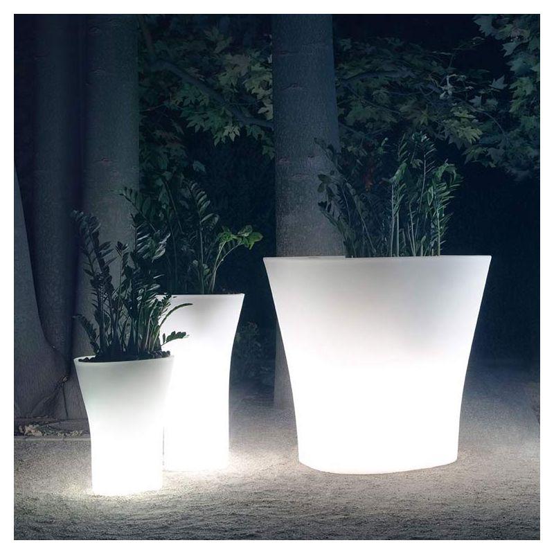 Bones pot xxl outdoor design vondom for Pot exterieur xxl