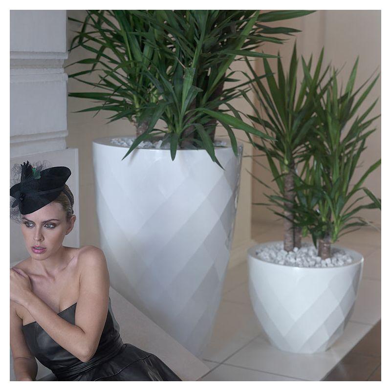 vases pot haut design pour plantes vondom. Black Bedroom Furniture Sets. Home Design Ideas