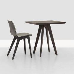 Table carrée teintée CENA CAFÉ Zeitraum