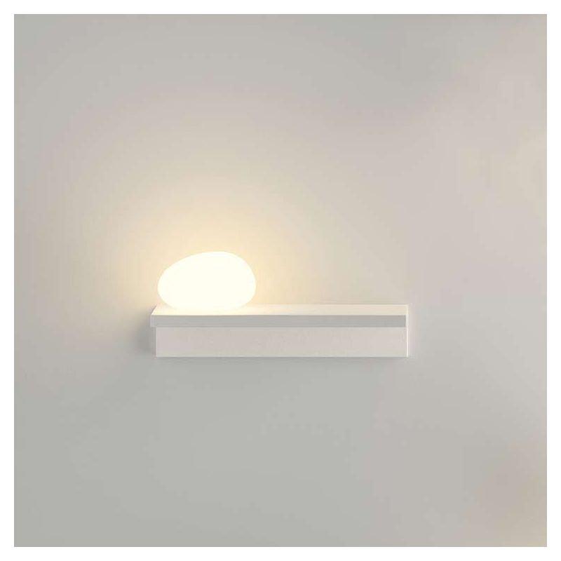 Étagère lumineuse LED  SUITE Vibia avec galet à gauche, coloris blanc