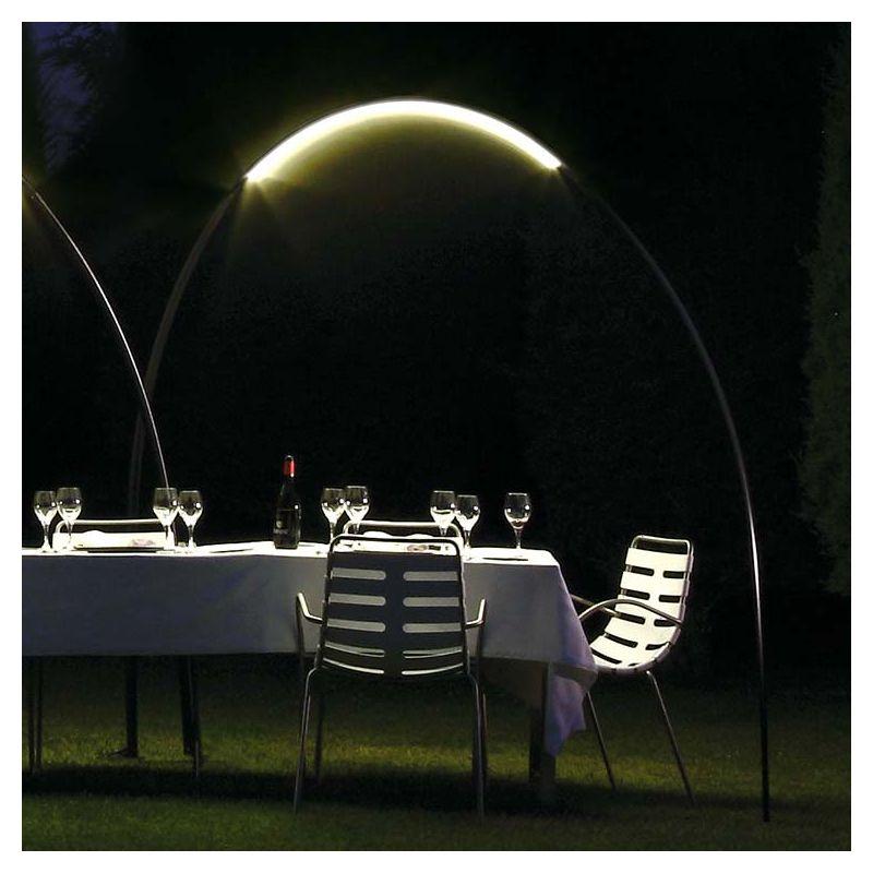 Super Halley, lampe led outdoor, lampadaire arc design Vibia VS09