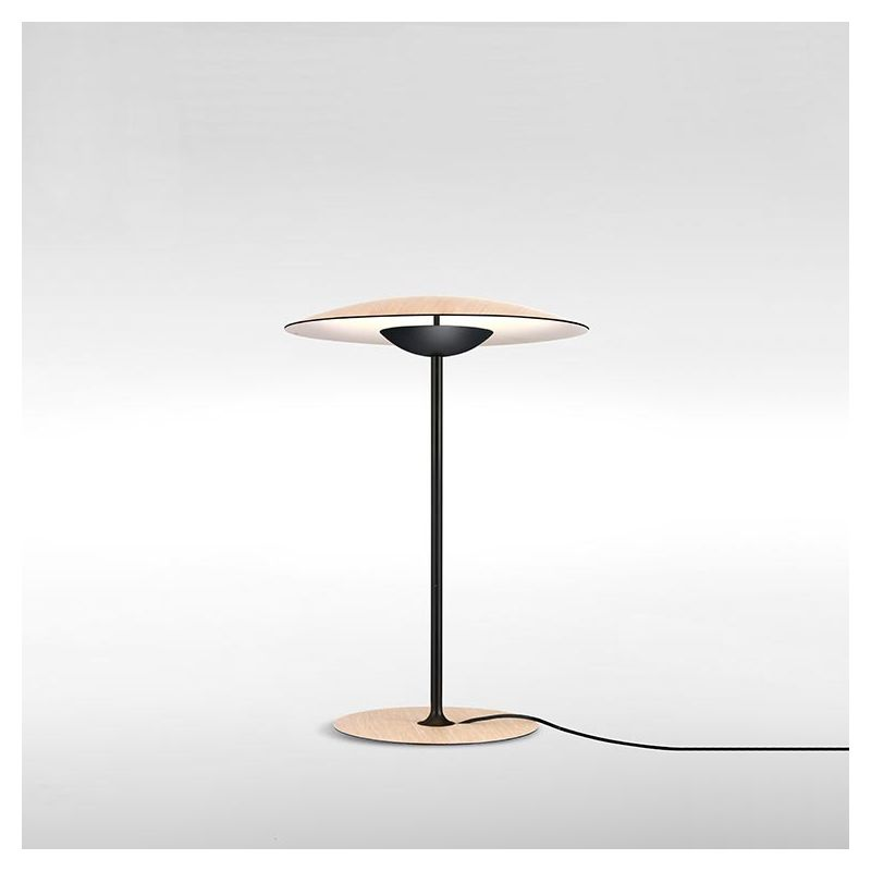 Lampe de table GINGER S Marset, finition chêne