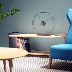 Horloge de table design AIRE Nomon en bois et fibre de verre