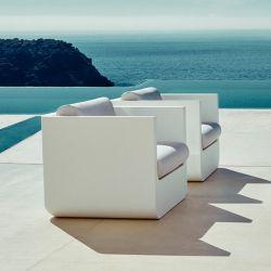 Fauteuils design ULM Vondom blancs