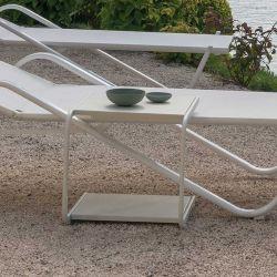 Table basse d'extérieur en aluminium HOLLY Emu, coloris blanc