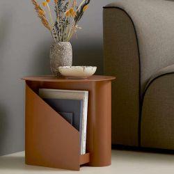 Table basse orange brûlé SENTRUM Woud avec rangement et porte-revue
