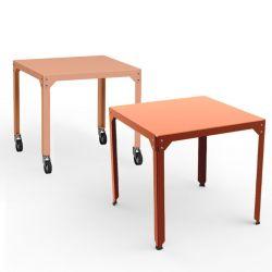 Table carrée outdoor avec et sans roulettes HEGOA Matière Grise