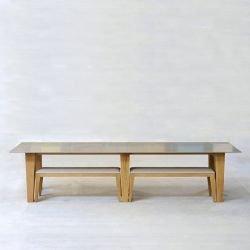 Table rectangulaire plateau Hi-Macs (coloris sur demande), pieds frêne OM 1.2 Mjiila