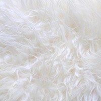 Peau mouton blanc ivoire